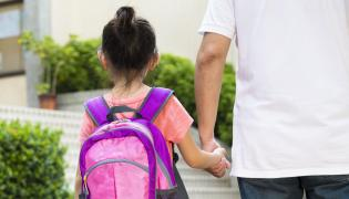 Rodzice czują się klientami szkół