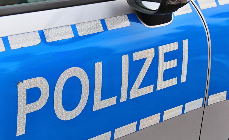 Policja mówi o dwóch osobach zabitych