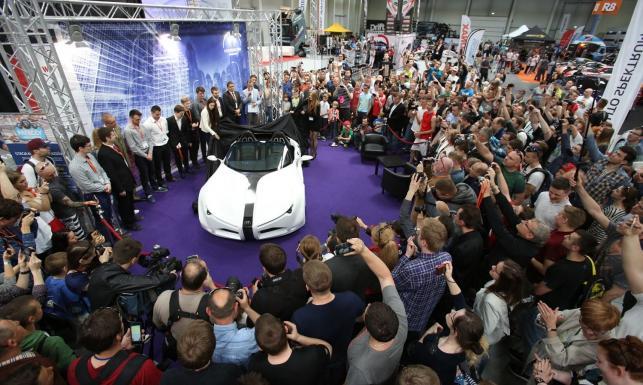 Premier to pierwszy polski samochód wodorowy. W budowie pomagało wojsko [ZDJĘCIA]
