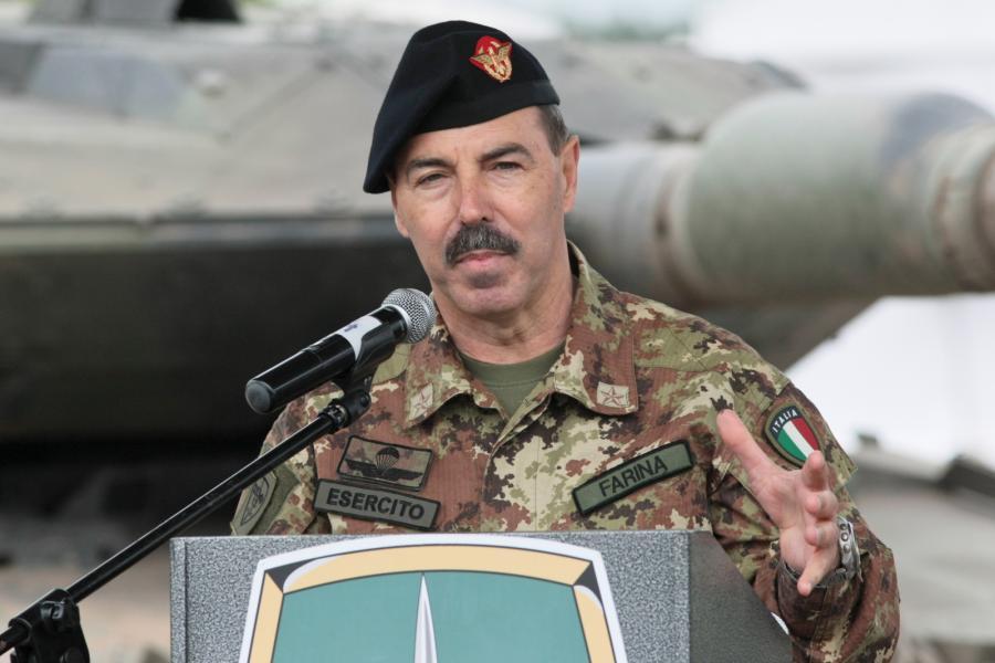 Dowódca Sojuszniczego Dowództwa Sił Połączonych gen. Salvatore Farina