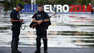 Francuscy policjanci w Nicei