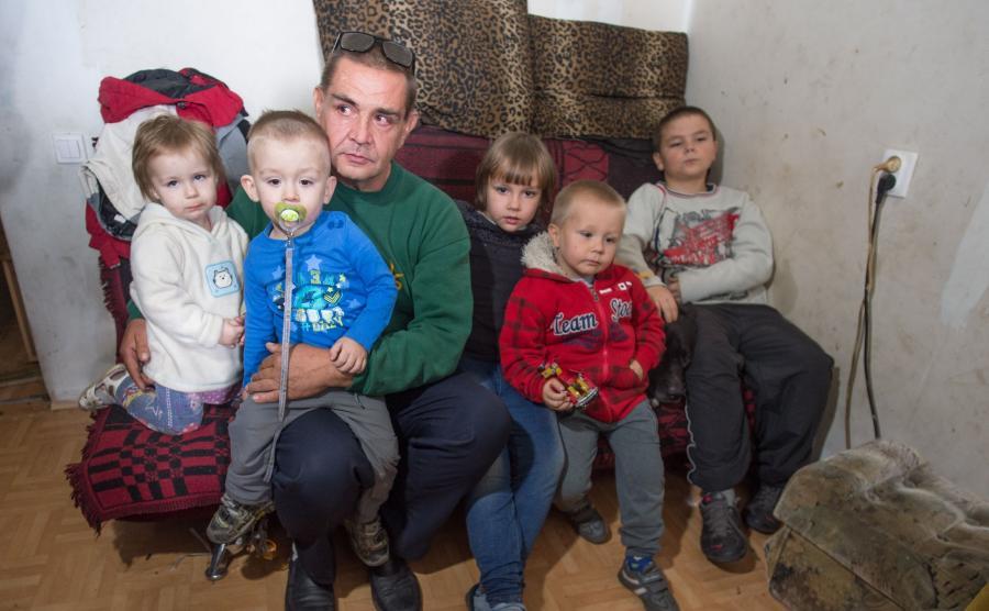 Pan Wojciech z dziećmi