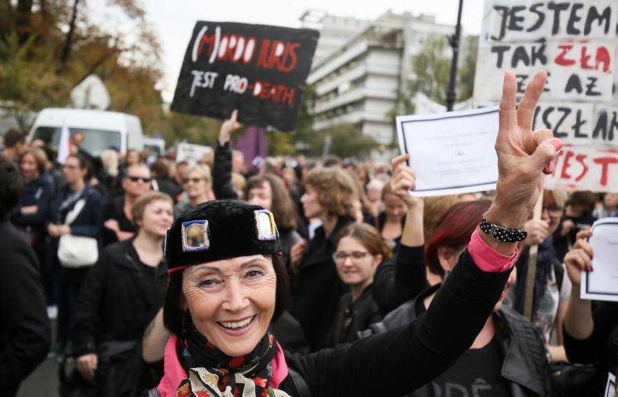 CZARNY PROTEST PRZED SEJMEM