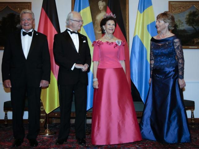 Joachim Gauck, król Karol XVI Gustaw, królowa Sylwia i Daniela Schadt