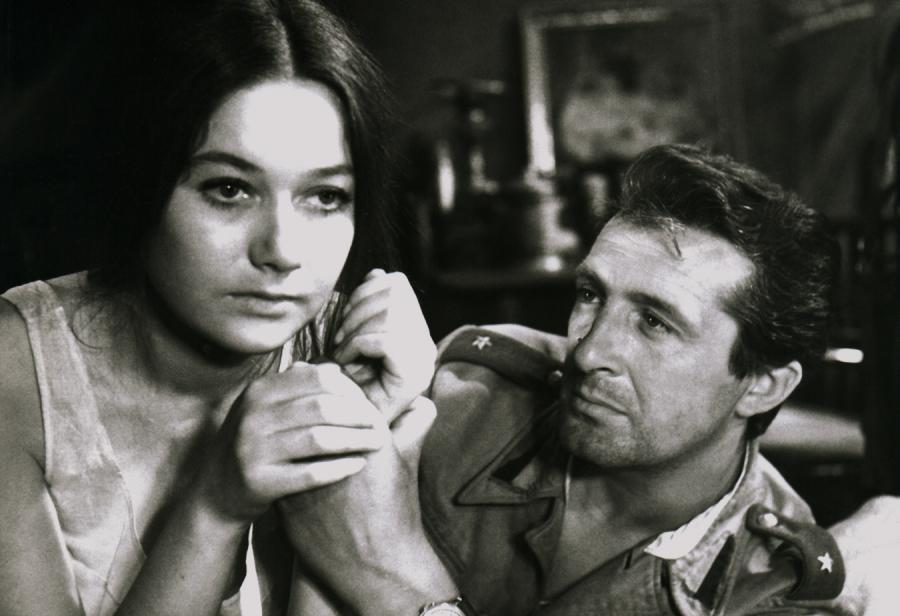 """Andrzej Kopiczyński na planie filmu """"Jarzębina czerwona"""" w 1970 roku."""