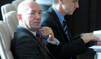 Minister podał się do dymisji przez sondaże