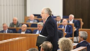 Prod. Andrzej Rzepliński na obradach Zgromadzenia Ogólnego Trybunału Konstytucyjnego