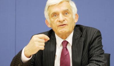 Buzek: Prezydent obiecał mi, że podpisze Lizbonę