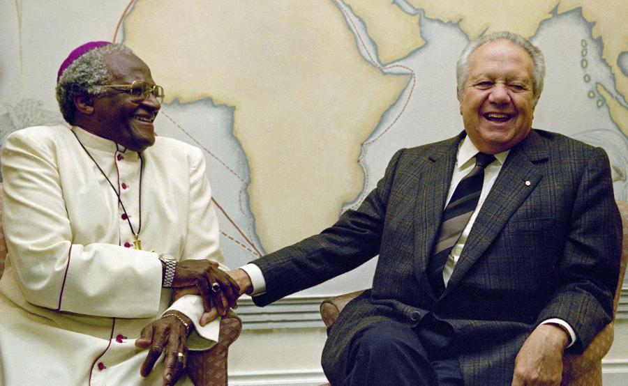 Desmond Tutu i Mario Soares