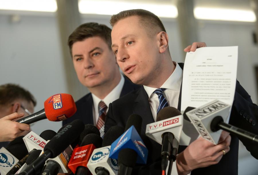 Posłowie Platformy Obywatelskiej Jan Grabiec i Krzysztof Brejza